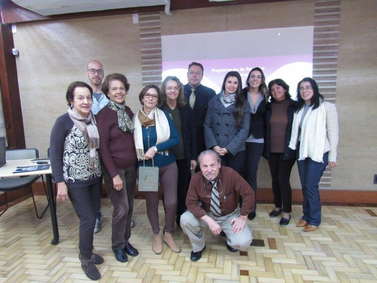 Encontros de junho da ABRAz auxiliam participantes na aceitação da doença